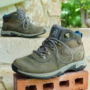 TIMBERLAND WOMEN'S HIKING BOOTS WATERPROOF SIZE 8